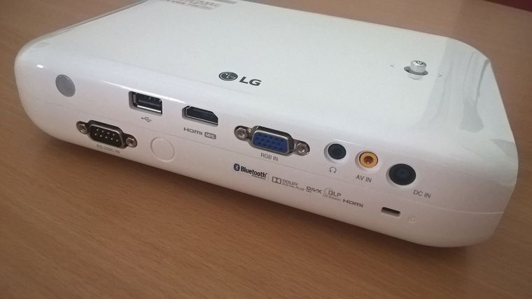 "LG PW1000G, LED, 1000lm, HDMI, USB, 100"", WXGA"